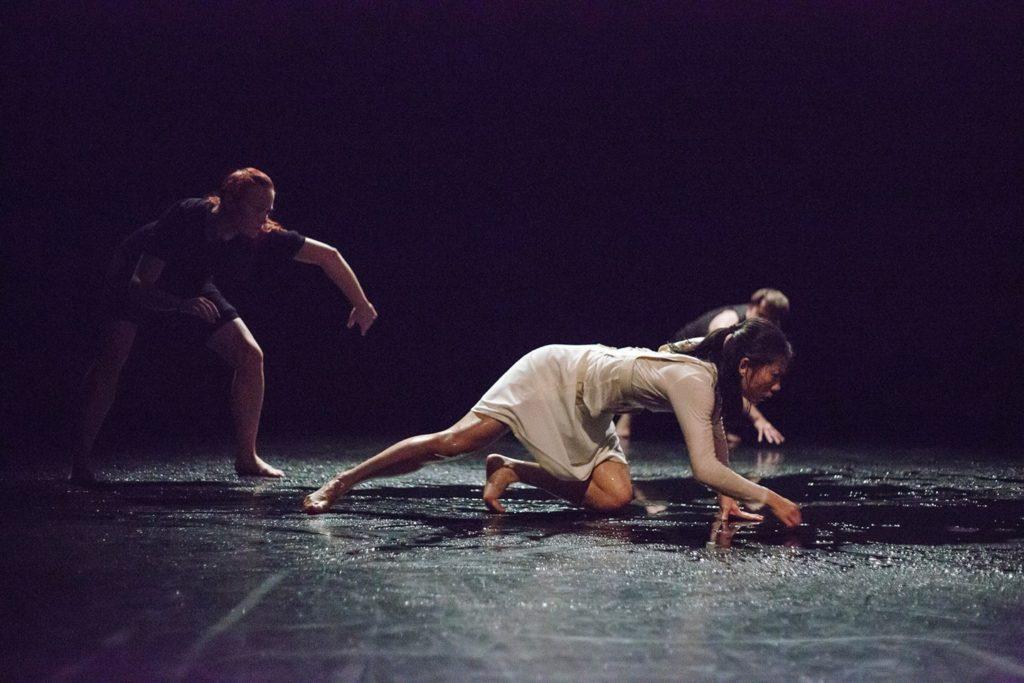 Dance theatre Poniżej poziomu morza